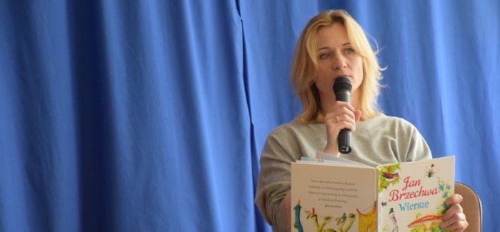 Ciocia Iwona Guzowska czytała przedszkolakom