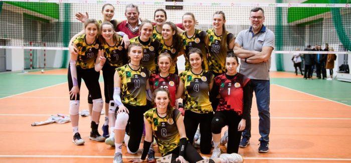 Łaskovia w półfinale Mistrzostw Polski juniorek!