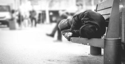 homeless_L_1220px_72dpi