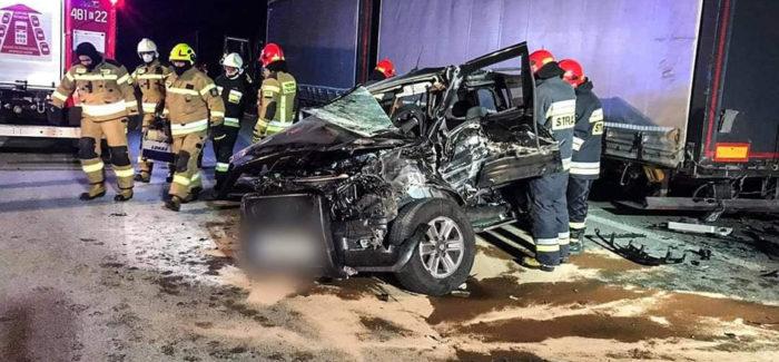 Poważny wypadek na S8. Trzy osoby w szpitalu.